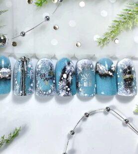 Новогодний дизайн ногтей – 2019
